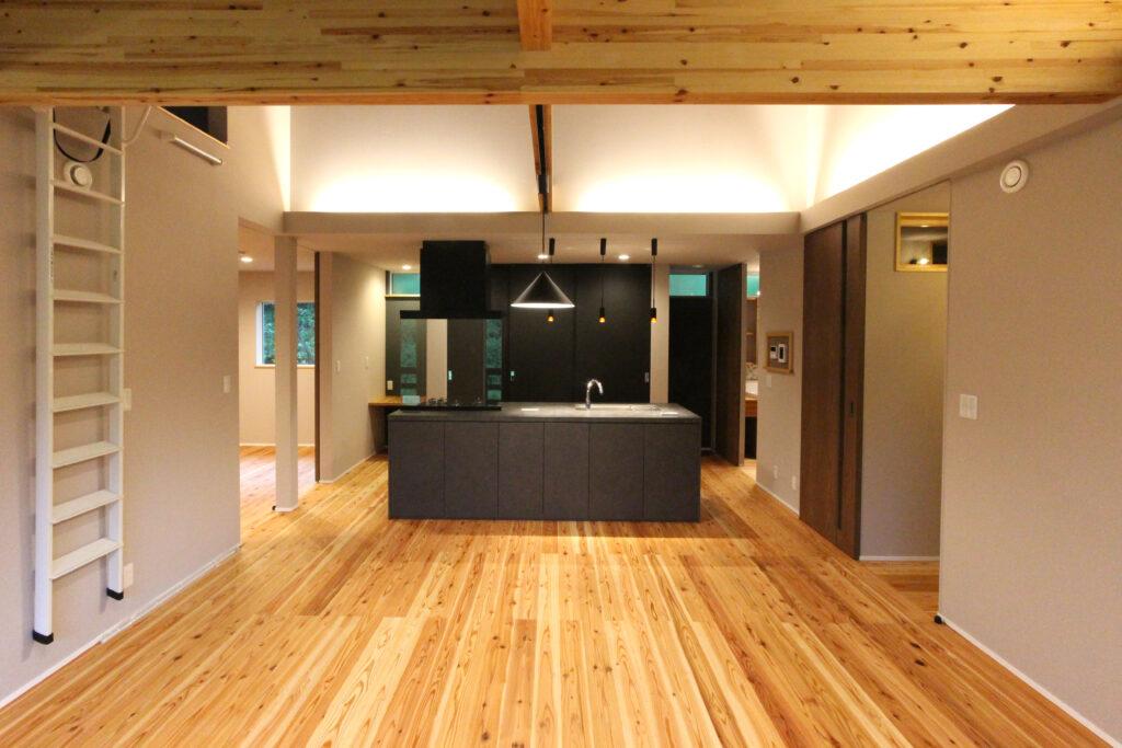 ピアノ室のある平屋の家